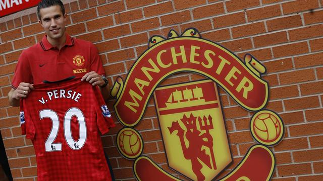 United sign Van Persie - Football - Premier League