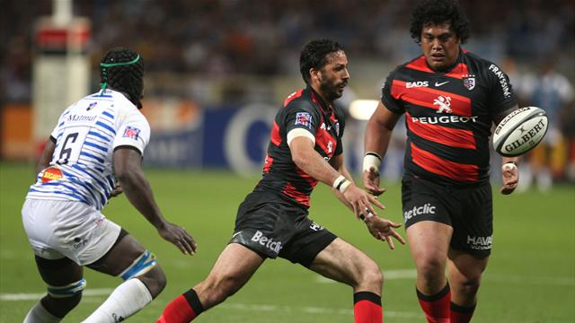 Toulouse snatch late win  - Rugby - Top 14
