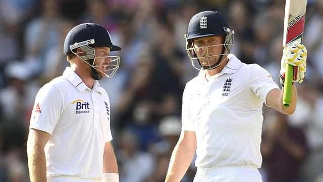 Bairstow and Bell battle - Cricket