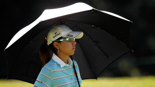 Miyazato and Michaels share Safeway lead