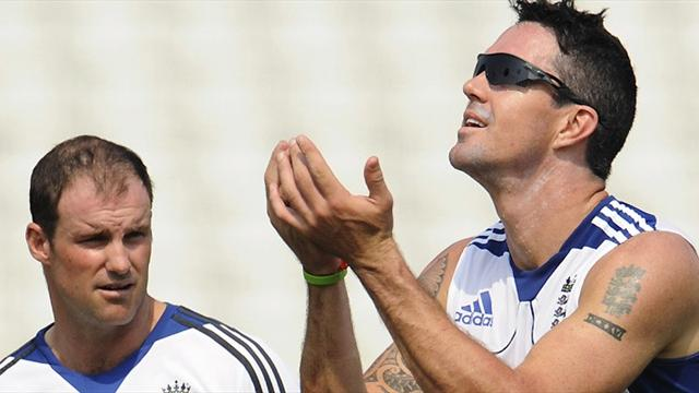 KP texts 'betrayal' - Cricket