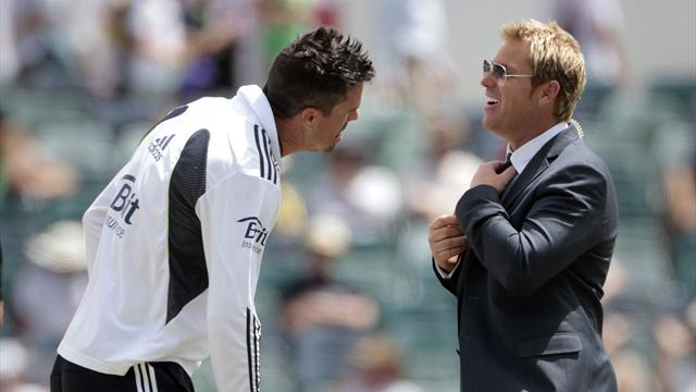 Warne: KP and Strauss need beer and brawl