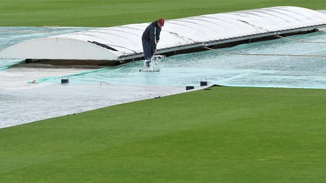 Rain washes out morning sessions
