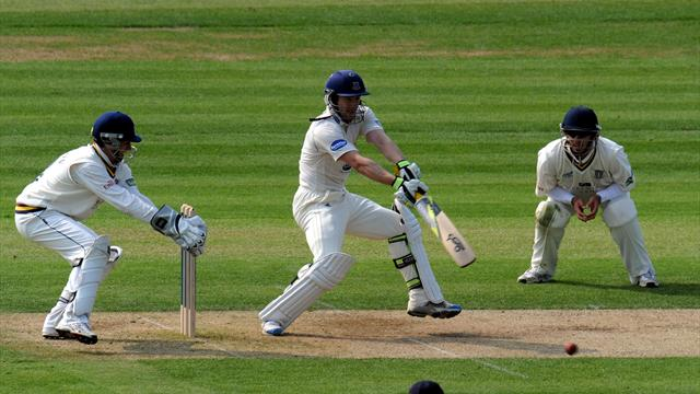 Hodd pens two-year Yorkshire deal