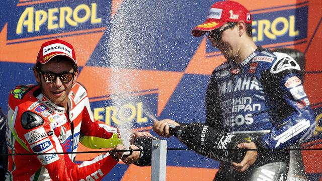 Lorenzo extends lead - Motorcycling