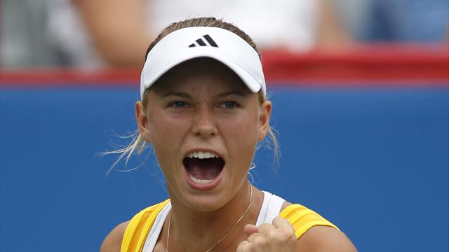 Wozniacki storms into semi-finals in Seoul