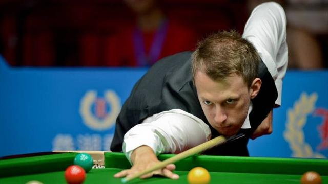 Trump, Higgins progress - Snooker