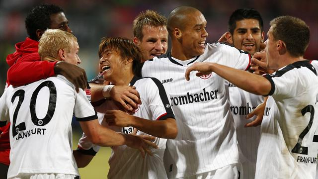 Frankfurt go top - Football - Bundesliga