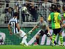 Juventus overcome Chievo