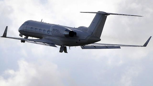 Arsenal blasted for chartering jet for 115-mile trip