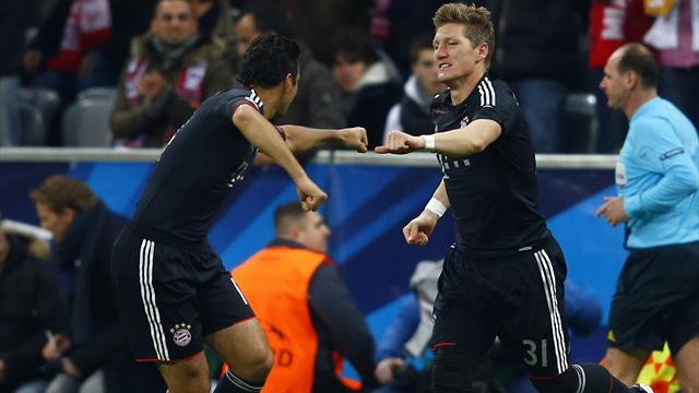 Pizarro leads Bayern to easy win over Lille - Football - Champions League