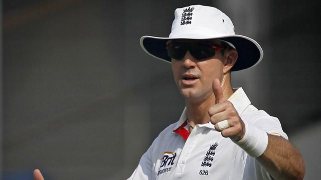 Pietersen and Compton star as England dominate