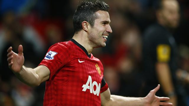Quickfire Van Persie goal sees off West Ham