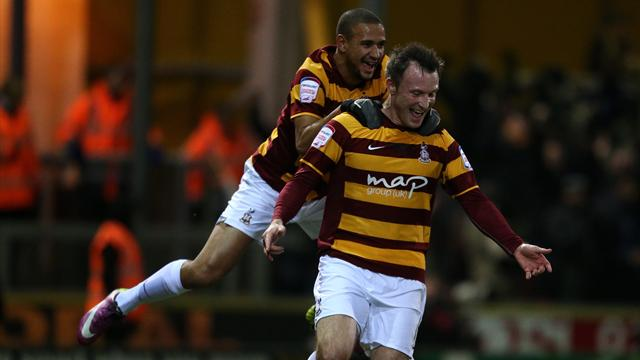 Bradford send poor Arsenal out on penalties