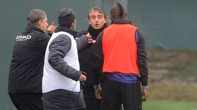 Manchester City : Balotelli et Mancini en viennent aux mains - Football - Premier League