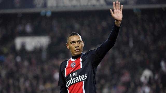 Hoarau file en Chine - Football - Ligue 1