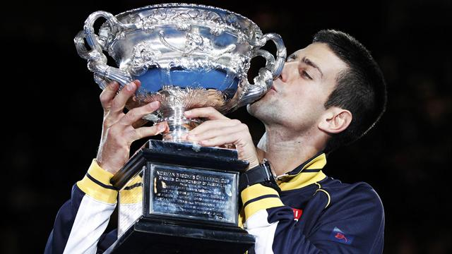 Djokovic beats Murray for third successive Melbourne title