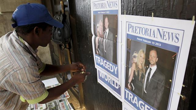 Pistorius \'tried to revive dying Steenkamp\' - Athletics - Pistorius case