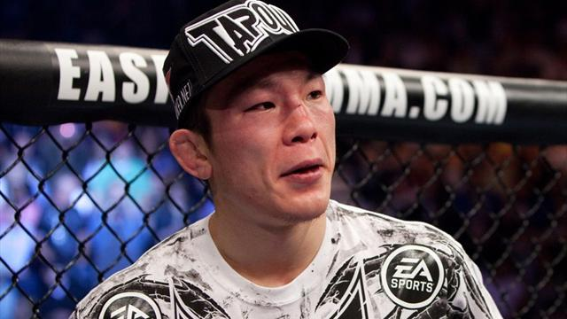 Aoki cruises to ONE FC lightweight title