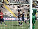 Pinilla strikes twice as Cagliari sink Inter