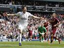 Title heading to United as Bale inspires Tottenham comeback