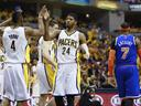 Pacers edge ahead of Knicks; Grizzles subdue Thunder