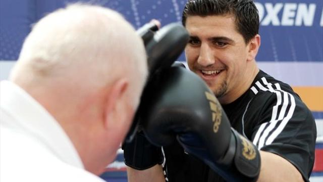 Huck issues warning to Afolabi - Boxing