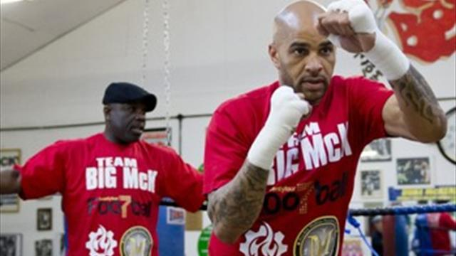 Ex-footballer McKenzie wins pro boxing debut  - Boxing