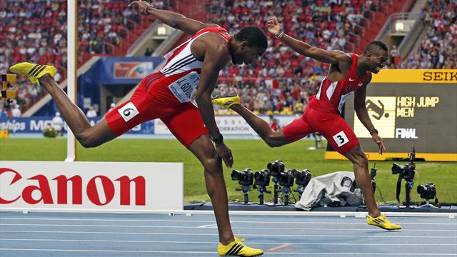 Gordon runs down Tinsley to snatch hurdles gold