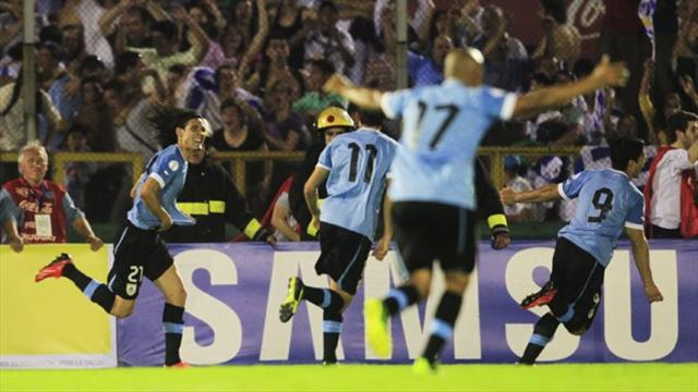 Uruguay beat Colombia to edge closer to Brazil