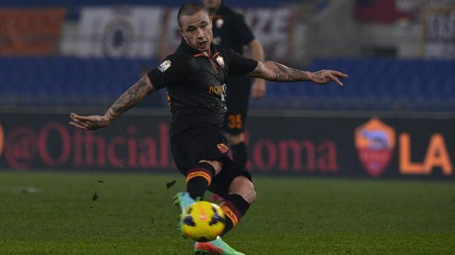 Garcia praises Nainggolan after thumping Genoa