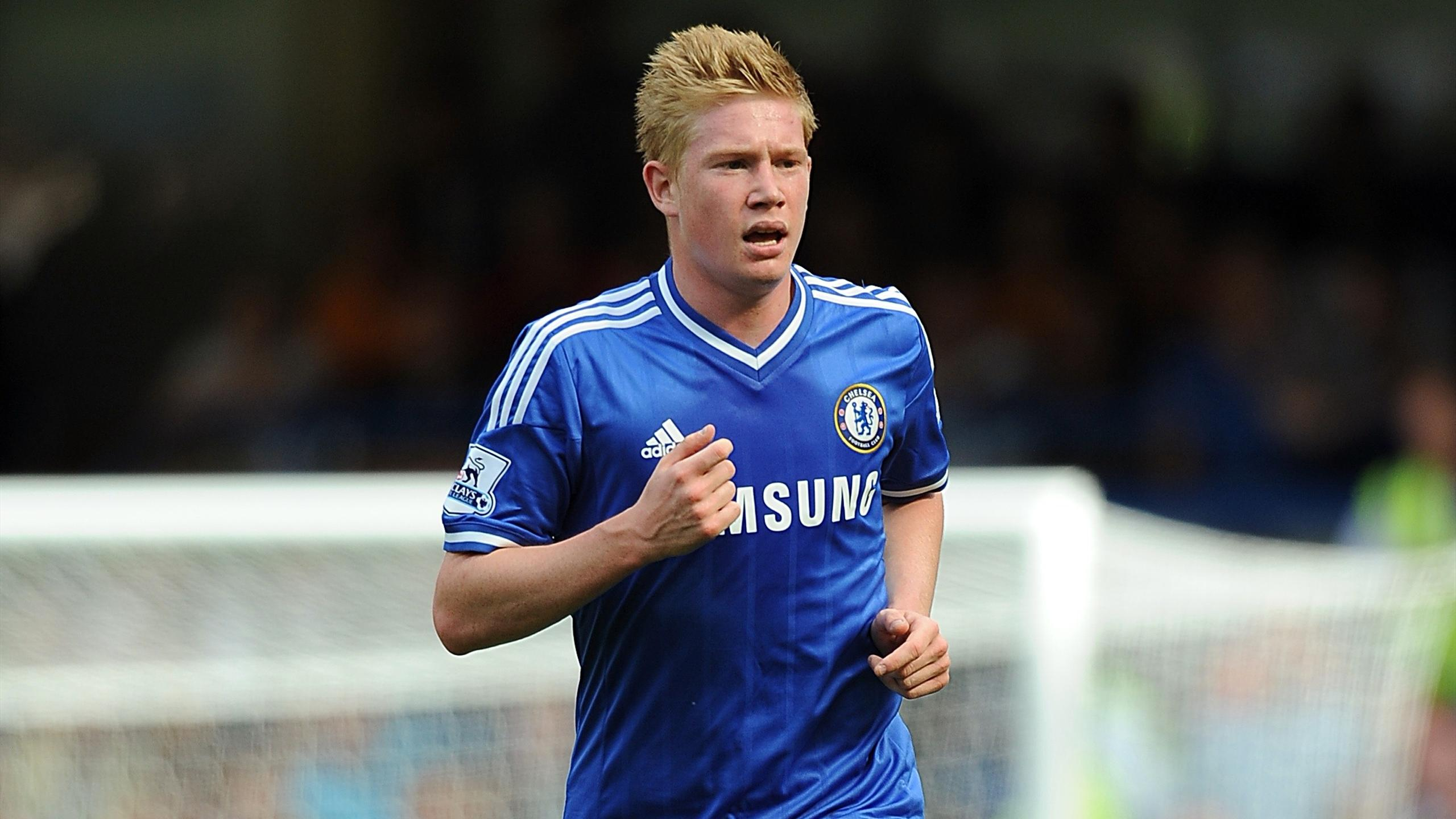 Midfielder Kevin De Bruyne while at Chelsea