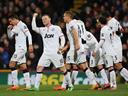 Rooney and Van Persie give United victory