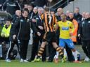 Pardew fined £100,000 by Newcastle for headbutting player