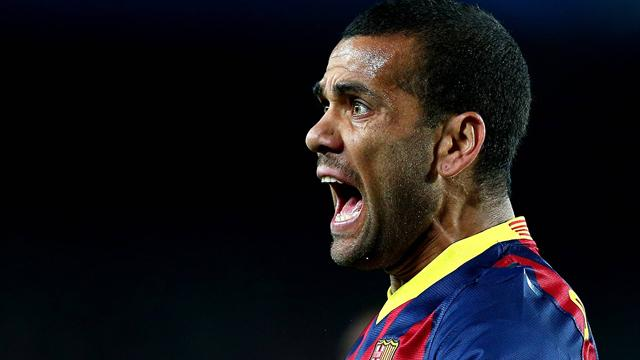 Report: Dani Alves agrees to PSG move