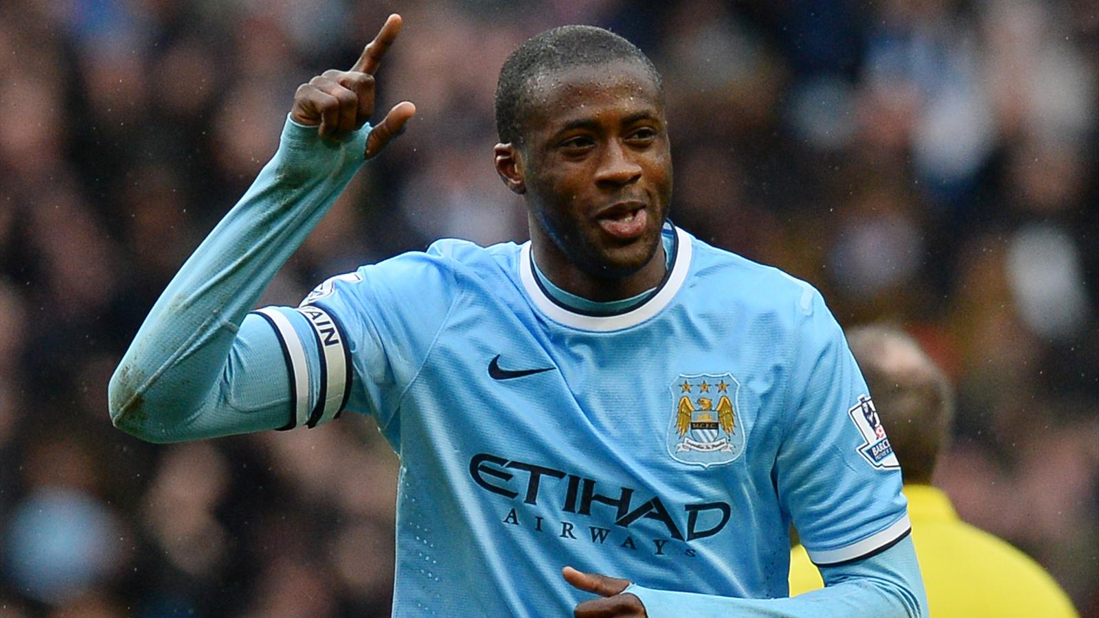 Yaya Touré celebrates with Manchester City - season 2013-2014