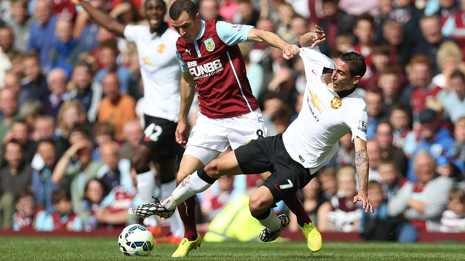 2014-15 Premier League, Burnley-Manchester United, Dean Marney, Angel Di Maria (AFP)