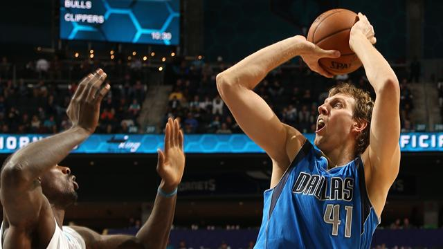 Dirk Nowitzki a d�pass� les 27 000 points, au plus grand plaisir de Dallas
