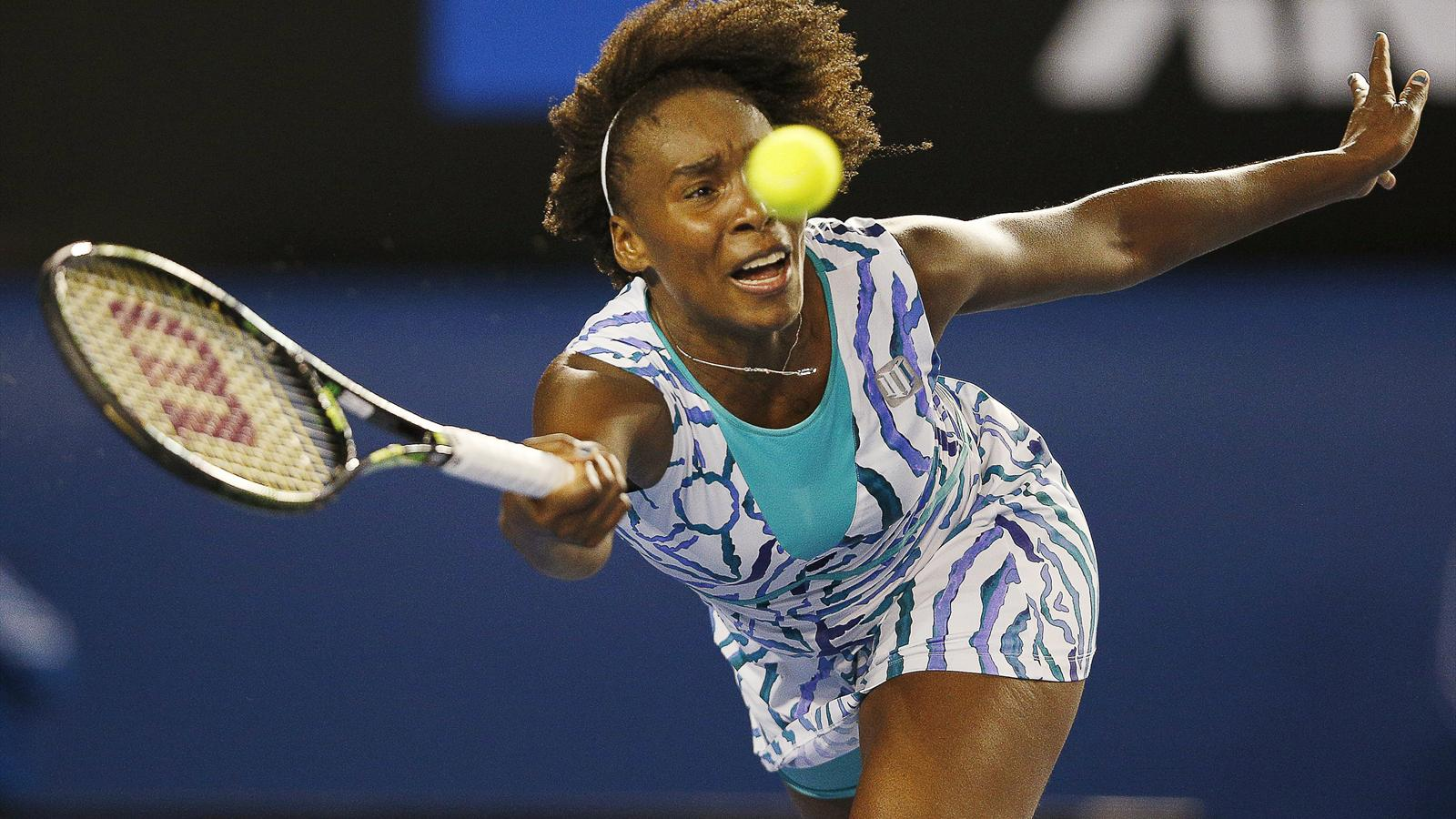 Venus Williams beats Radwanska