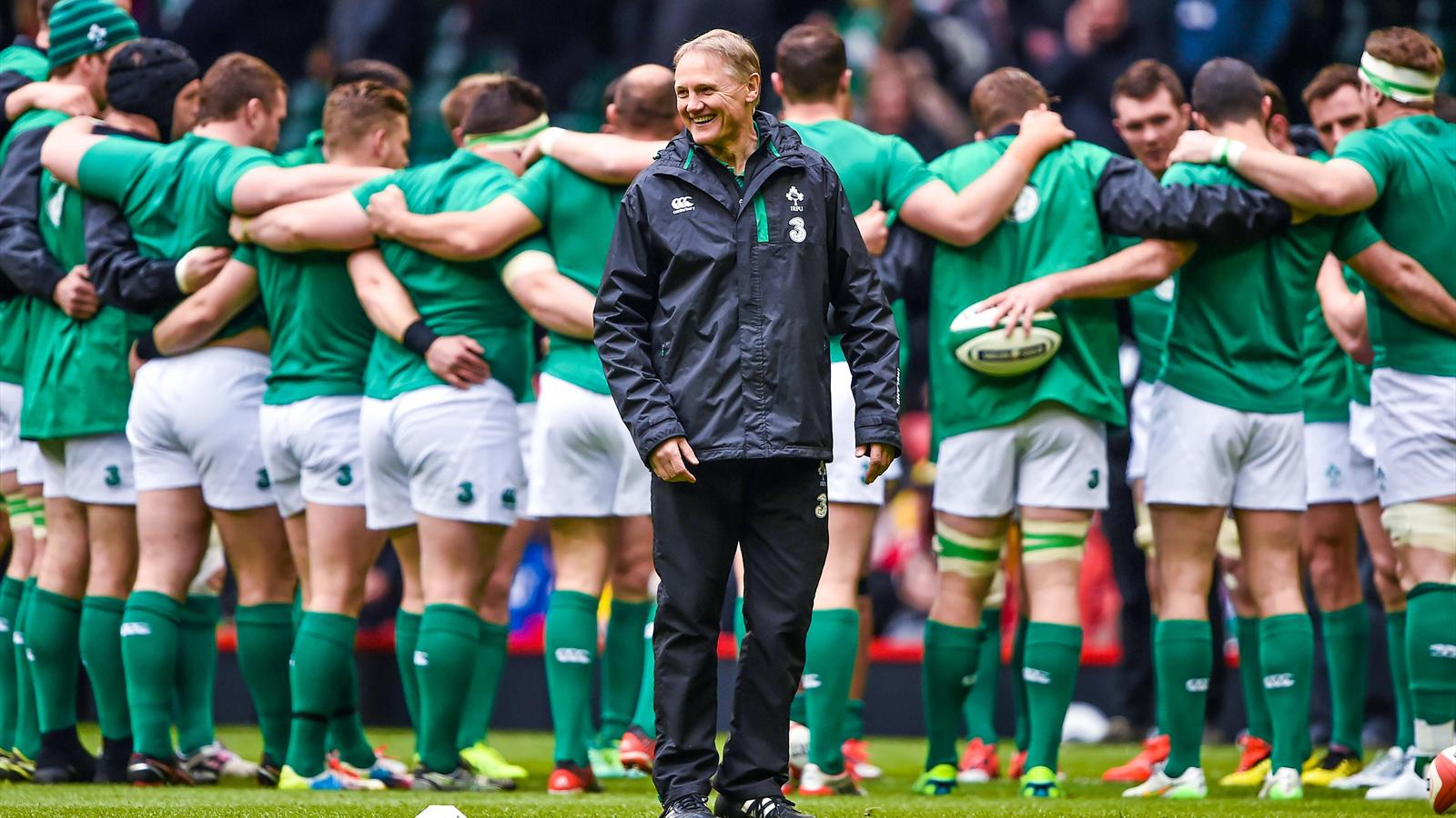 Joe Schmidt devant son groupe - Irlande