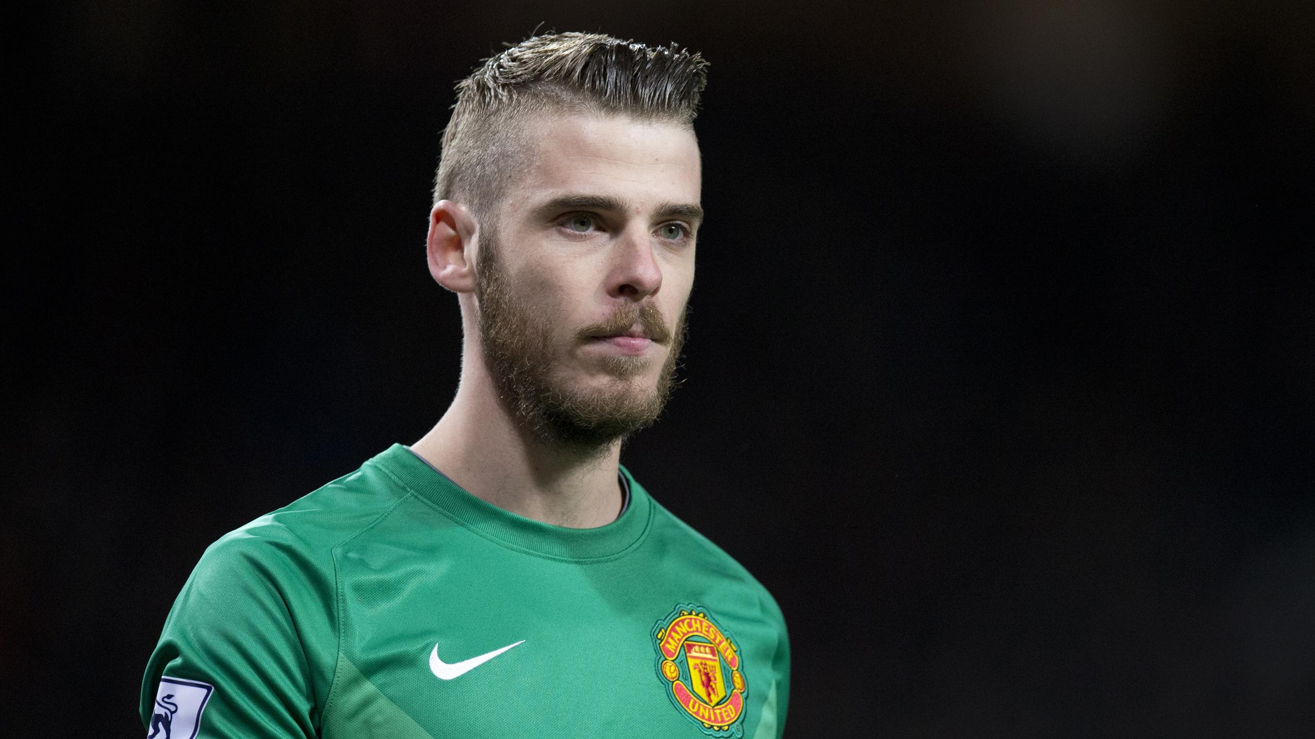 Manchester United's Spanish goalkeeper David de Gea looks on during the FA Cup quarter-final