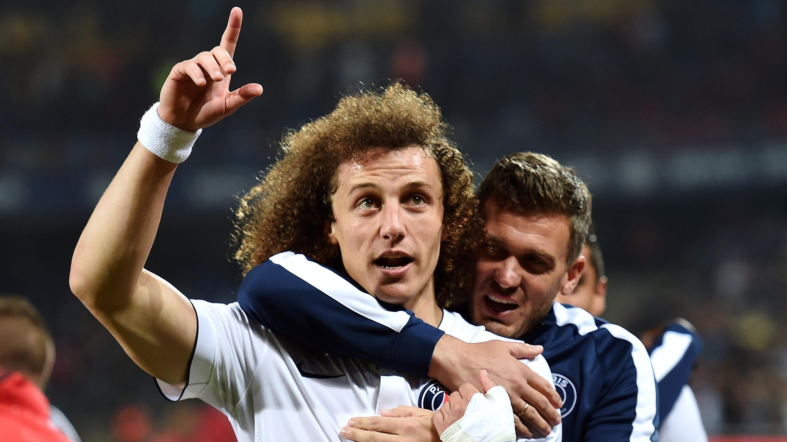 David Luiz celebrates scoring for PSG