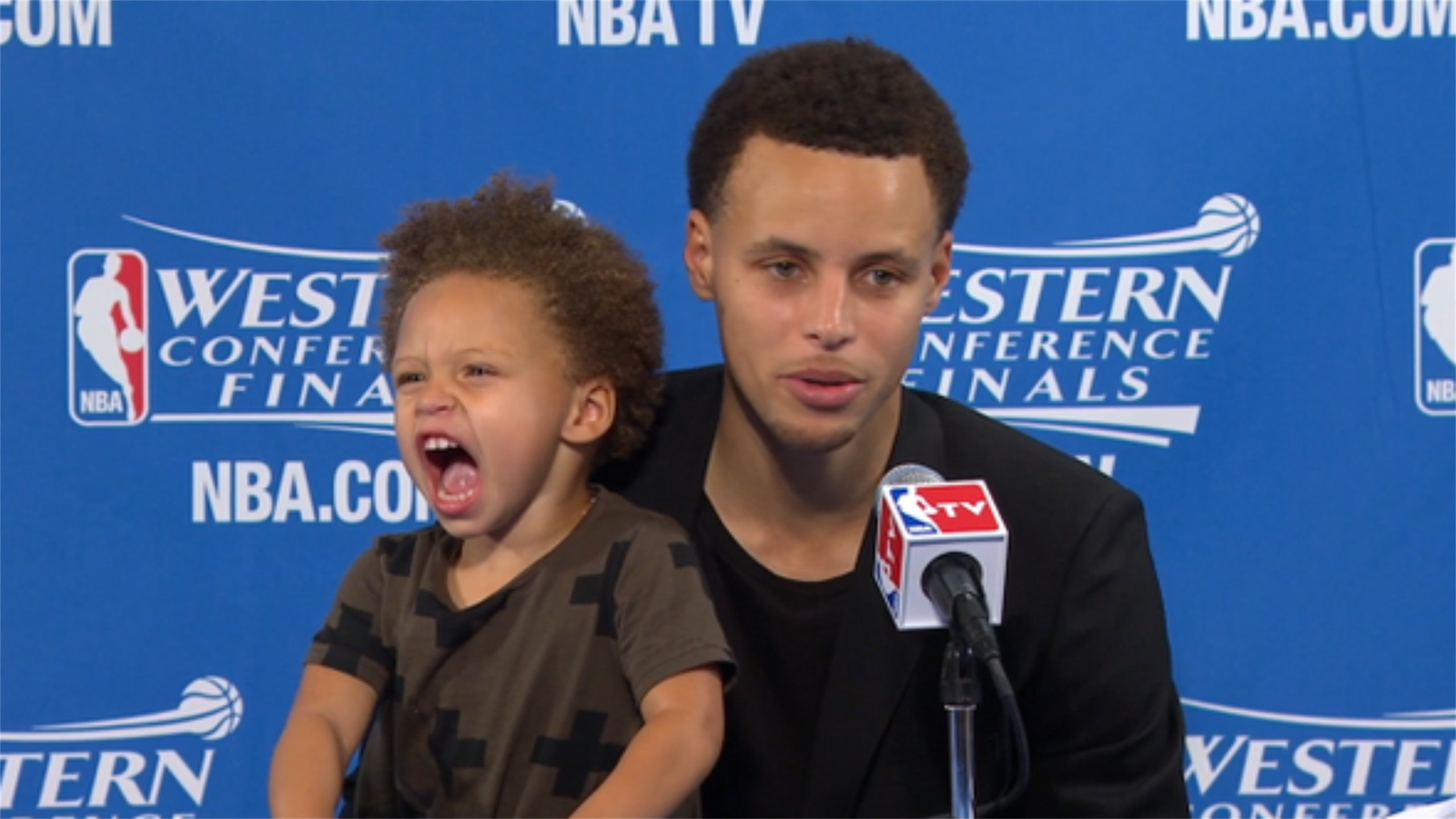 Stephen Curry and his daughter Riley