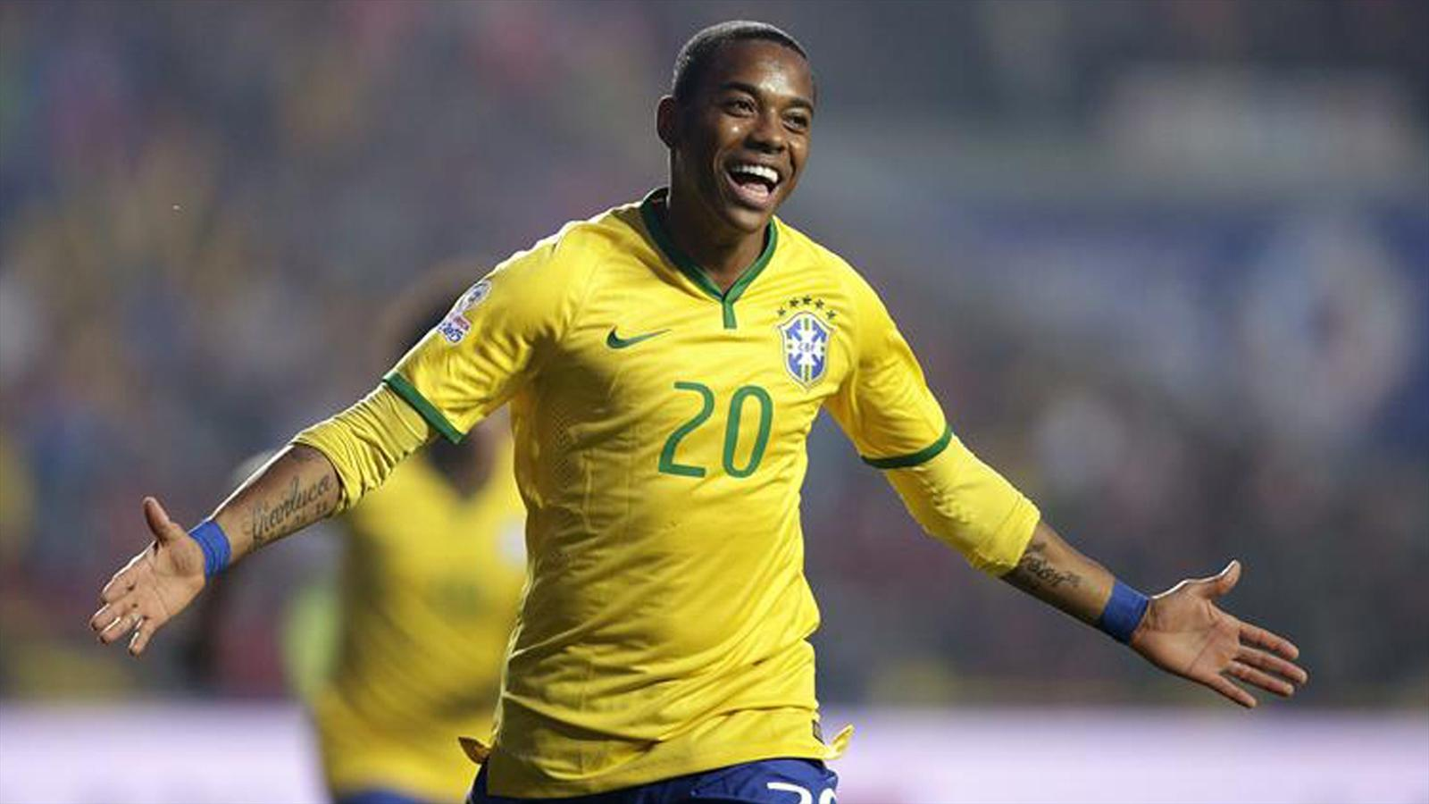 Brazil's Robinho celebrates after scoring against Paraguay during their Copa America