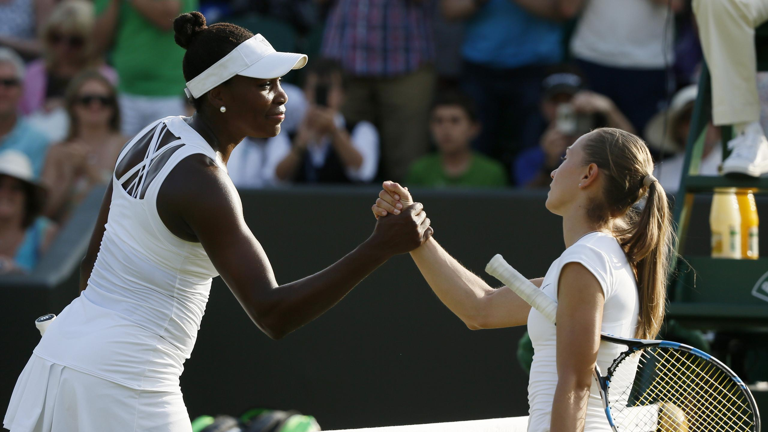 Venus Williams has eased into the fourth round