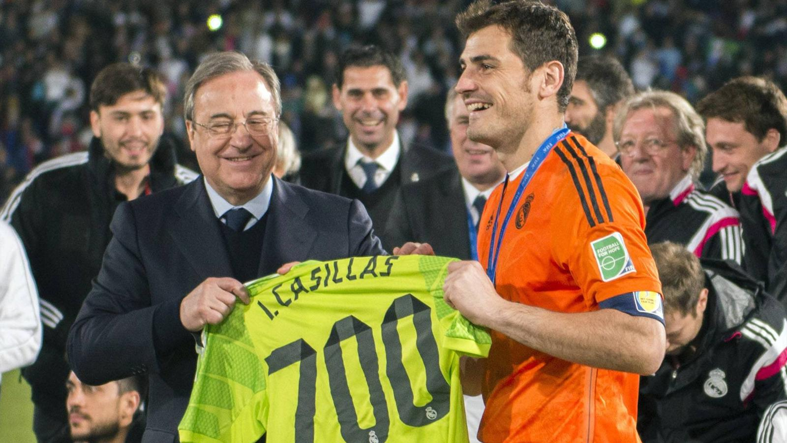 Florentino Perez (L) and Iker Casillas