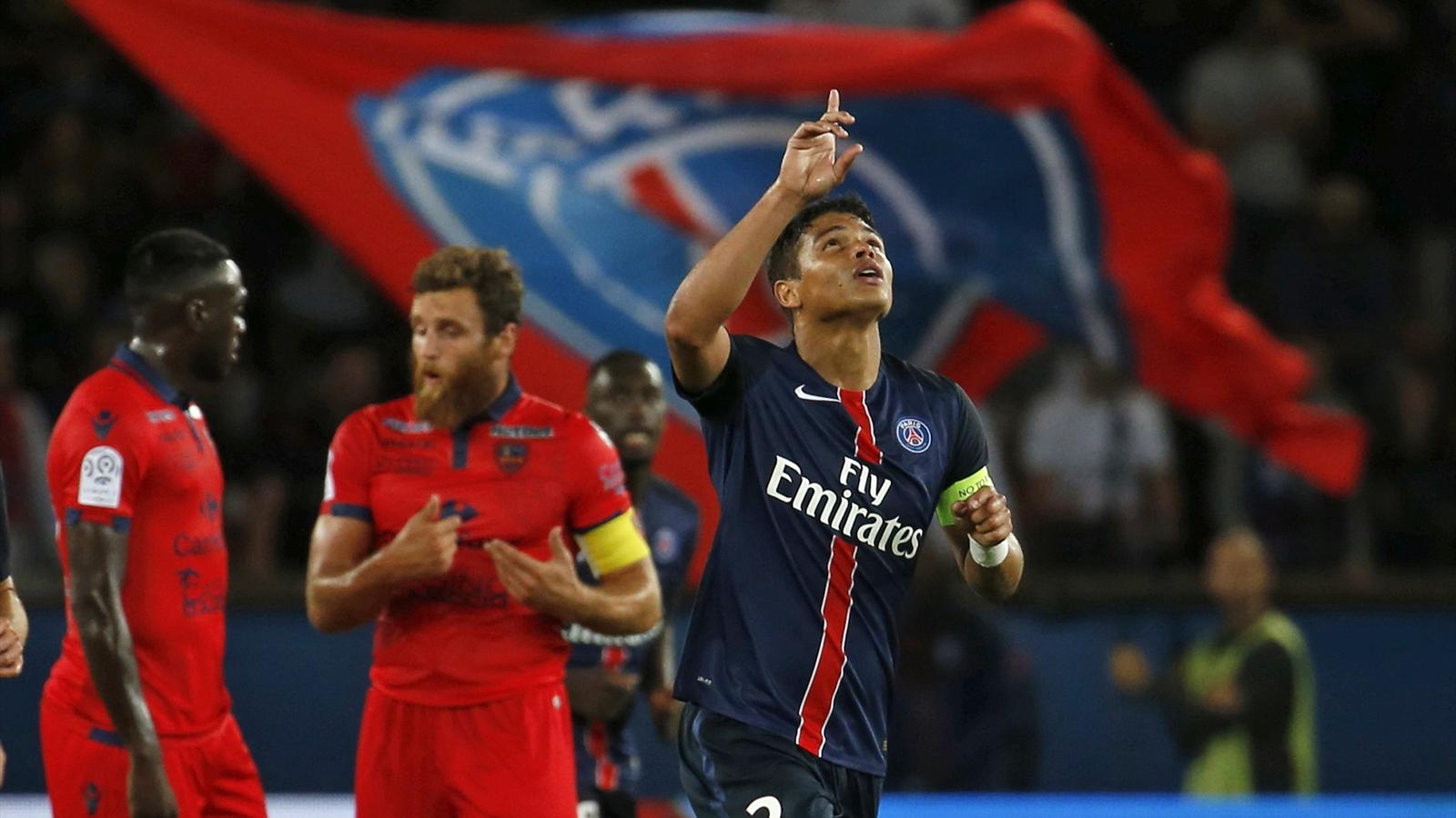 Paris St Germain's Thiago Silva celebrates his goal during their French Ligue 1 soccer match against Ajaccio at the Parc des Princes Stadium in Paris, August 16, 2015. REUTERS/Pascal Rossignol
