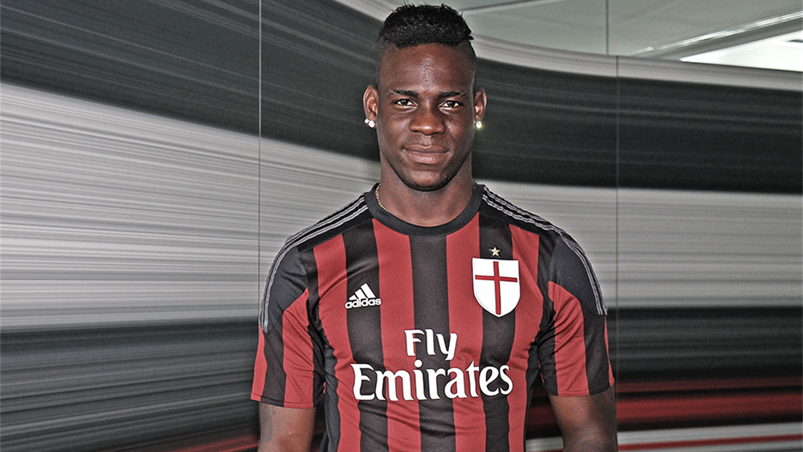 2015-2016 Serie A Milan Balotelli (From Official Website)