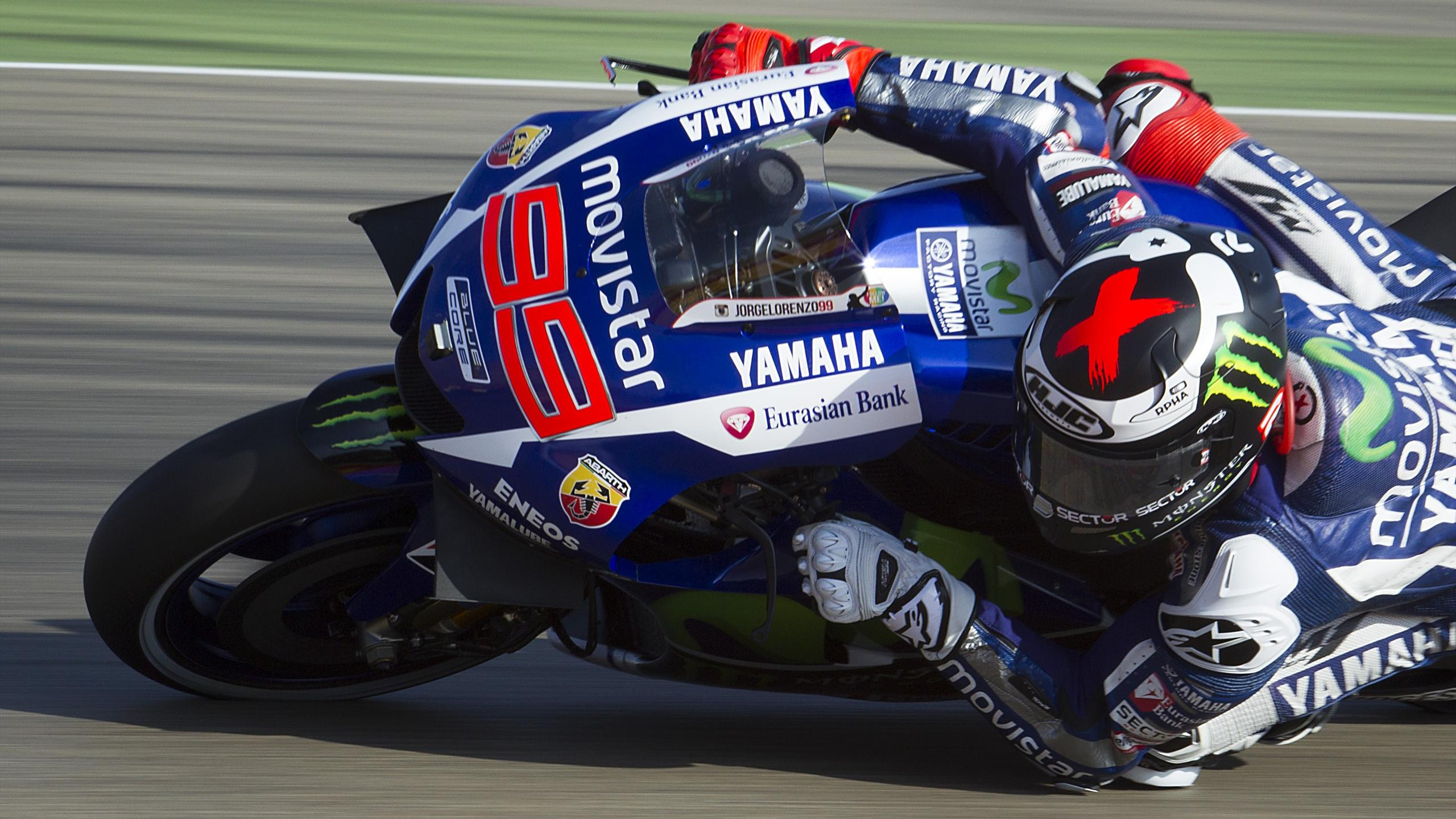 Yamaha Team's Spanish rider Jorge Lorenzo rides during the Moto GP third practice session ahead of the Aragon Grand Prix at the Motorland racetrack in Alcaniz on September 26, 2015