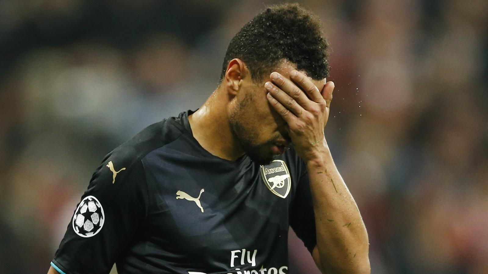 Arsenal's Francis Coquelin looks dejected